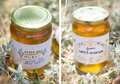 ÉTIQUETTES / POTS DE MIEL - honey tags charlotte klein charlotteklein.fr Honey Packaging, Food Packaging, Honey Label, Beekeeping, Candle Jars, Bees, Graphics, Marketing, Cute Stuff