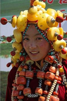 Tibetan hair and jewelry ornaments