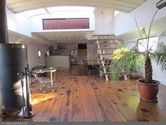 Peniche Freycinet Gross NumeroBoats for Sale Barge Interior, Boat Interior, Luxury Houseboats, Barge Boat, Water House, Boat House, Dutch Barge, Living On A Boat, Residential Architecture