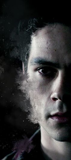 Dylan O'Brien as Stiles Stilinski Teen Wolf Art, Teen Wolf Quotes, Teen Wolf Dylan, Teen Wolf Stiles, Dylan O'brien, Scott Mccall, Maze Runner, Art Zombie, Mtv