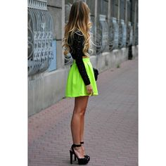 Neon Light Green Pleated Short Skirt (€17) ❤ liked on Polyvore featuring skirts, neon skirt, pleated skirt, knee length pleated skirt, zipper skirt and light green skirt