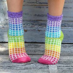 Ravelry: Rut Rainbow/Rut Regnbåge pattern by Anna Bergman Knitting Room, Knitting For Kids, Knitting Socks, Hand Knitting, Crochet Socks, Cute Crochet, Knitted Hats, Knit Crochet, Baby Knitting Patterns