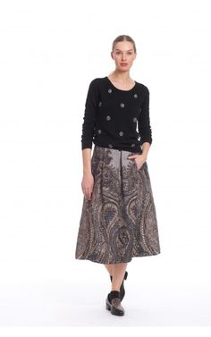 5f4a9f8a04fa1 Beautiful skirt. Perfect for the holidays.
