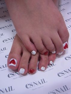 V-Day toenails!