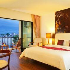 River Breeze room at the Navalai River Resort. Welcome to the romantic riverside resort. Website: www.navalai.com Email: rsv@navalai.com #navalairesort #navalai #resort #hotel #boutiquehotel #luxuryhotel #romantichotel #khaosanroad #Bangkok #thailand #room #worldluxuryhotel #awardwinner #loveit #travel #sunset