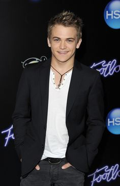 Hunter Hayes <3;  I wanna wrap you up wanna kiss your lips wanna make you feel wanted.  :)