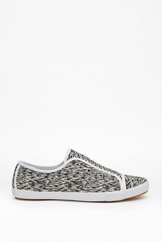 French Connection SAHARA WAVE CANVAS SNEAKER