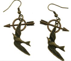 Then your in the right place, we now have these mocking jay and arrow earrings in a bronze colour for anyone with pierced ears. £3.00 Available to buy at jewellery junky