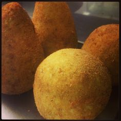 Delicious Arancini, stuffed rice balls recipe.... Just delicious ....