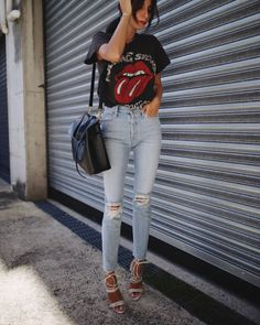 MOTHER DENIM | miranda jeans / MADEWORN | tee / MODE COLLECTIVE | multi strap heels / MANSUR GAVRIEL | lady bag