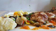 Suggestion plat...Piccata de veau au coulis de tomates et légumes du soleil (aubergines, courgettes et poivrons)