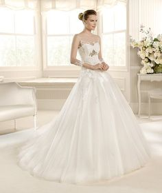 MINERAL » Wedding Dresses » 2013 Glamour Collection » La Sposa