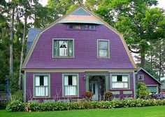 LOVE!! purple barn house  Love it! Wish I could paint my house purple