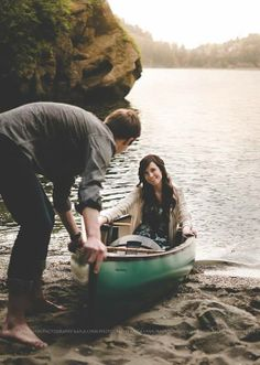 Kayla Lynn Photography | Sweet idea for an engagement session