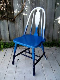 Ombré chair. I stole, er, saved an old stool off the side of the road. I'm totally doing this with that!!!