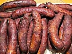 Salami Recipes, Homemade Sausage Recipes, Meat Recipes, Smoking Recipes, Kielbasa, White Meat, Smoking Meat, Food 52, Charcuterie