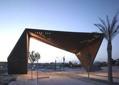 Clavel Arquitectos || Pabellón de Acceso Tierra Cálida (Murcia, España)