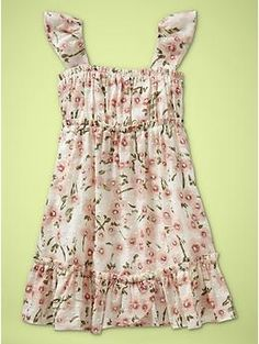 This is too cute...I like the pattern of the fabric.  Flutter-sleeve floral dress