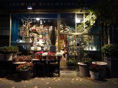 #Bloemenwinkel Jasmijn Bloembinders in #Haarlem. http://www.jasmijnbloembinders.nl/