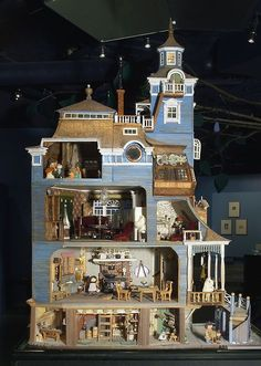 Amazing doll house.