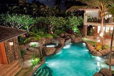 Luxury property on beautiful Kailua Beach