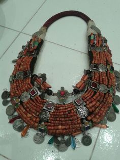 Lovely necklace coral in silver faouzi designer Marrakesh