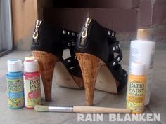 Star Wars DIY Painted Heels Tutorial by Rain Blanken: http://diyfashion.about.com/od/Create-Latest-Fashion-Trends/l/bl-DIY-Painted-Heels-Tutorial.htm