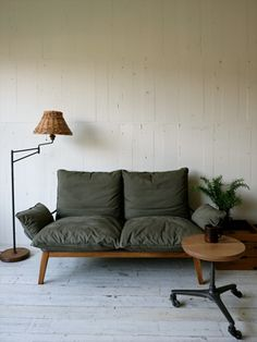 I live in the wrong country. Everything i love is designed in Japan. TRUCK|200. AW SOFA