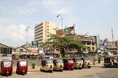 Tuk-Tuk, Colombo, Sri Lanka (www.secretlanka.com)