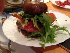 "LCHF-HVERDAG: Burger med ""portobello-brød"" #LCHF"