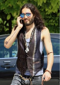 Russell Brand Sported New Tattoo As a Daily Reminder