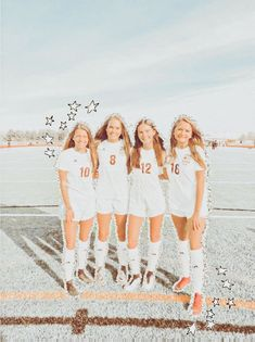 Cute Soccer Pictures, Cute Friend Pictures, Best Friend Pictures, Sports Pictures, Soccer Pics, Friend Pics, Soccer Goals, Group Pictures, Best Friends Shoot