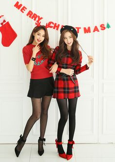 Korean Ladies shopping mall Lovely Korea Womens Clothing Store, dresses, skirts, blouses showcased