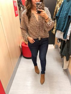 Looking for some new affordable fall pieces? Target is killing it in the sweaters, cardigans, and shoe selection right now and Sandy tries them on for you! Urban Fashion, Diy Fashion, Womens Fashion, Target Style Fall, Autumn Winter Fashion, Fashion Fall, Fashion Edgy, Street Style Women, Clothes For Women