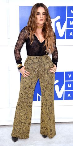 See the Best Looks from the 2016 MTV Video Music Awards Red Carpet - JoJo from InStyle.com