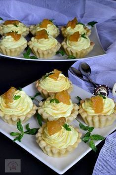 Jacque Pepin, Mini Cheesecakes, Healthy Eating Recipes, Four, Mini Cupcakes, Sushi, Biscuits, Bacon, Food And Drink