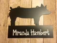 Livestock Pen / Gate Signs for FFA or 4-H, Farm, Ranch: Pig by J4MetalsAndMore on Etsy https://www.etsy.com/listing/200026941/livestock-pen-gate-signs-for-ffa-or-4-h