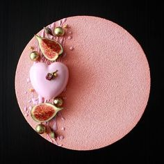 One of the most beautiful cakes I've seen. looks like it's velvet frosting. and so perfectly frosted, everything straight and smooth and just perfect. Beaux Desserts, Fancy Desserts, Fancy Cakes, Delicious Desserts, Beautiful Desserts, Beautiful Cakes, Amazing Cakes, Cake Cookies, Cupcake Cakes