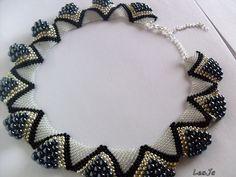 Peyotem šitý náhrdelník- LeaJa