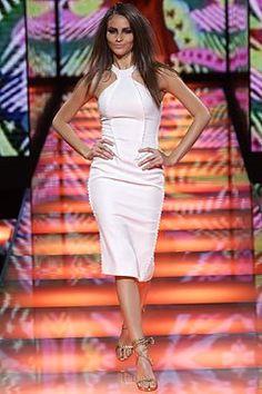 Versace Fall 2002 Ready-to-Wear Fashion Show - Fernanda Tavares, Donatella Versace