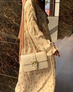 Modesty Fashion, Abaya Fashion, Muslim Fashion, Fashion Outfits, Casual Hijab Outfit, Hijab Chic, Aesthetic Fashion, Aesthetic Clothes, Hijab Trends