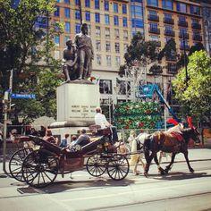 #OldPhotos #Melbourne #Australia #HorseAndCarrige #Y2011 #BurkeAndWills