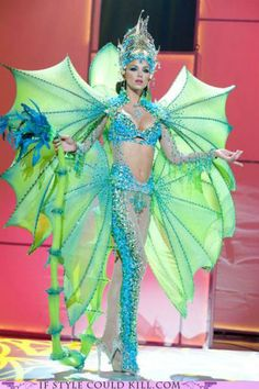 Next time I need to do a sea monster costume I have inspiration!