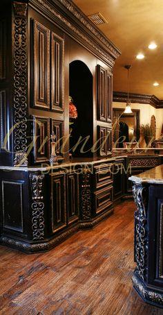 Tuscan design – Mediterranean Home Decor Old World Kitchens, Luxury Kitchens, Tuscan Design, Tuscan Style, Style Toscan, Gothic Kitchen, Tuscany Decor, World Decor, Goth Home