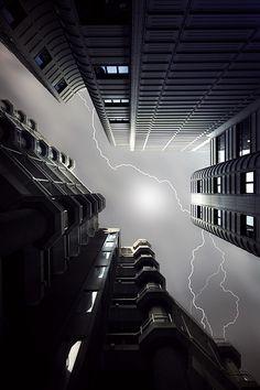 Lightning -   Theo Peekstok