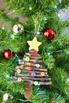 Super easy holiday craft for kids! Popsicle stick Christmas tree ornament Ripped Jeans and Bifocals