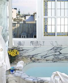 Le Meurice, Paris, Bathroom with Montmartre view |