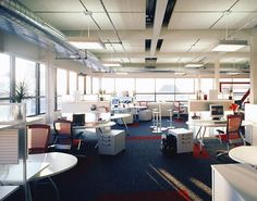 Trends in office space design reducing office space size and