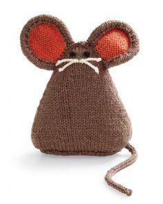 Simpático ratoncito de biblioteca