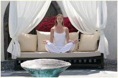 Relax in a Santorini villa which respects the Feng Shui philosophy..  www.santoriniheritage.com